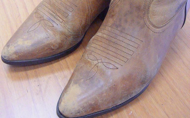 靴の擦り傷や色落ちBefore